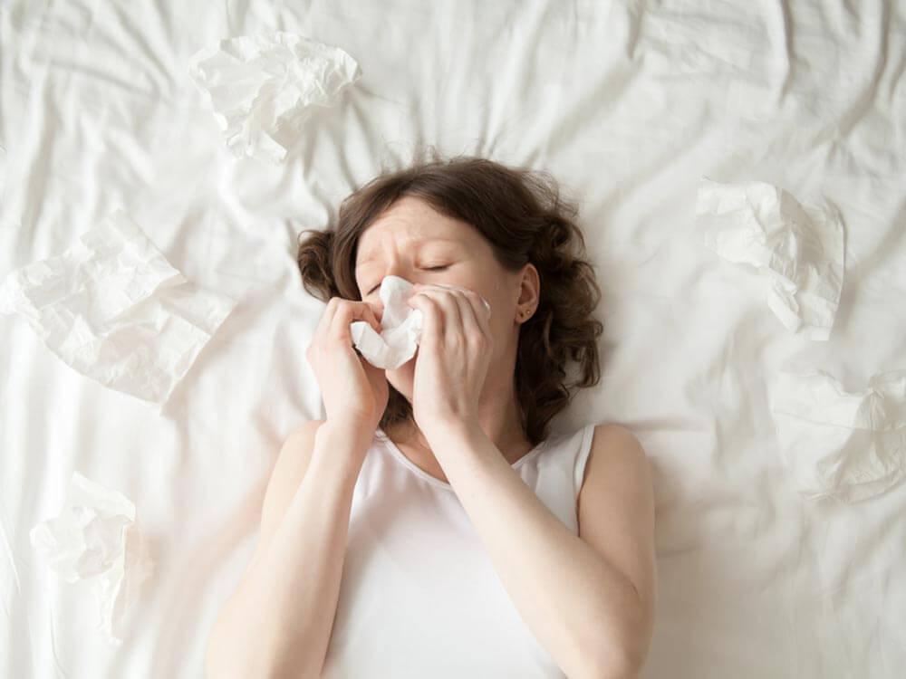 Pourquoi vos allergies s aggravent elles la nuit